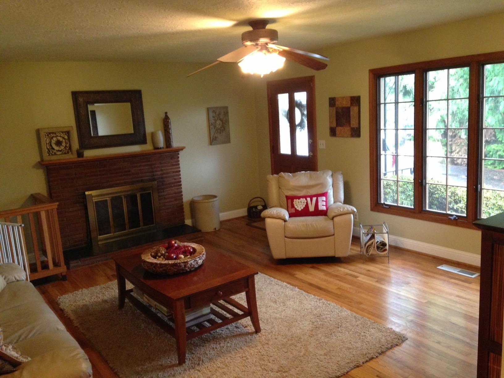 Laminated Flooring In Living Room
